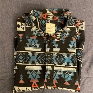 American Eagle patterned shirt